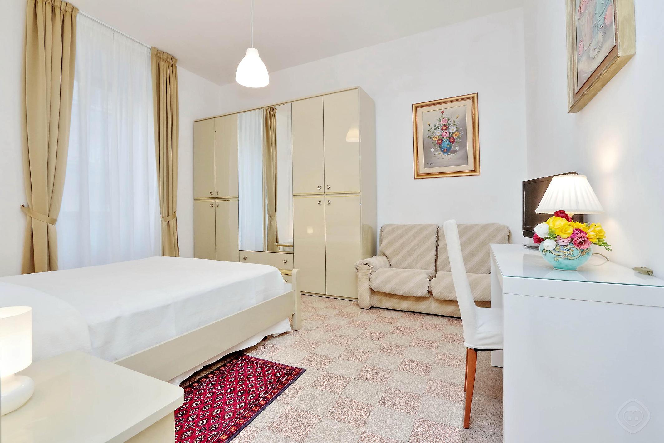 Authentic Family apartment Rome photo 31815514